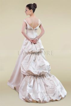 2013 Hot Sale Wedding Gown With Off the Shoulder Sleeve and Classic A-line Waistline : Lamistore.com