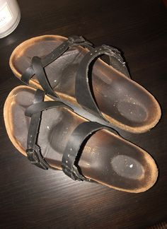 Black leather size 39 I think (i'm a size very used price reflects Birkenstock Sandals, Women's Sandals, Unisex Fashion, Women's Fashion, Chakra, Men's Shoes, Flip Flops, German, Black Leather