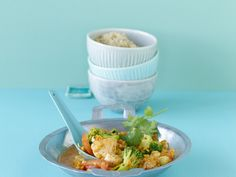 Hähnchencurry mit Linsen - smarter - Kalorien: 331 Kcal - Zeit: 45 Min. | eatsmarter.de