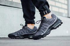 best sneakers c22de dfee3 Nike Air Max 95 Ultra SE (Black Dark Grey) - Sneaker Freaker