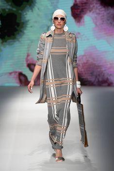 460eff887ea4 Daks collezione Primavera Estate 2019. Milano Fashion Week dedicata alla Moda  Uomo. -