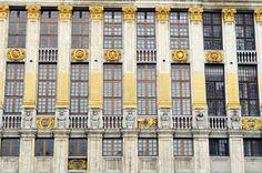 Façades de la grand-place de Bruxelles. Multi Story Building, Belgium