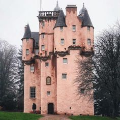 Craigievar Castle looks like something from a fairytale