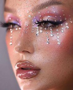 Gem Makeup, Makeup Eye Looks, Eye Makeup Art, Cute Makeup, Pretty Makeup, Beauty Makeup, Jewel Makeup, Glitter Makeup Looks, Hair Beauty