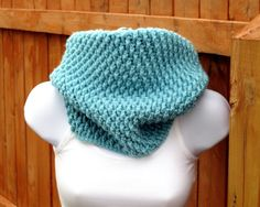 Crochet+Cowl+Pattern++Tightly+Textured+Hooded+di+SeeJaneCrochet