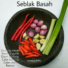Indonesian Food Traditional, Indonesian Cuisine, Indonesian Recipes, Diet Recipes, Cooking Recipes, Healthy Recipes, Food N, Food And Drink, Malaysian Food