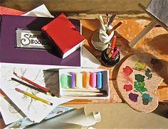 Miniature Artists Table art supplies amigurami palette easel