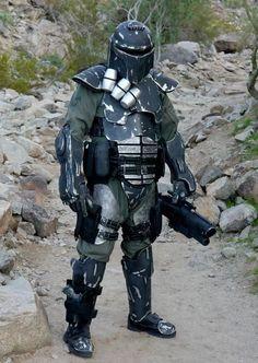 Mandalorian Merc wearing heavy armour