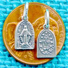 MINI OL MIRACULOUS MEDAL ARCHED MEDAL 1 SHIP FEE ALL ITEMS PAID 1 TRANSACTION OX