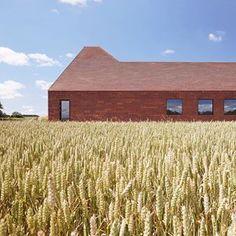 Reiulf Ramstad Arkitekter (@reiulframstadarkitekter) • Instagram-bilder og -videoer Brick, Grains, Cabin, House Styles, Wood, Home Decor, Instagram Images, Decoration Home, Woodwind Instrument