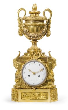 A LOUIS XVI ORMOLU MANTEL CLOCK CIRCA 1770, THE DIAL SIGNED KINABLE À PARIS