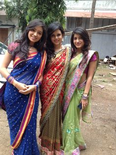 Beautiful Indian girls and women look so adorable and attractive in saree dress, if you just look at them once in saree clothes, you must be amazed and say Beautiful Girl Photo, Beautiful Girl Indian, Most Beautiful Indian Actress, Beautiful Saree, Beautiful Women, Saris Indios, Jose Luis Rodriguez, Dehati Girl Photo, Indian Girl Bikini