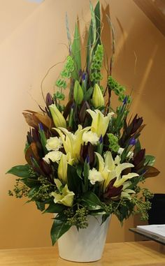 Flowers and Floral Arrangements Melbourne - Corporate