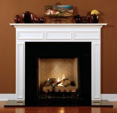 nice moulding/fireplace mantle