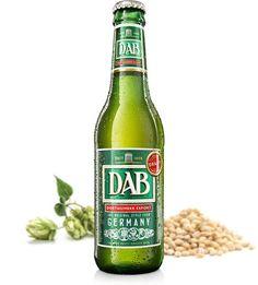 Cerveja DAB Export, estilo Dortmunder Export, produzida por DAB, Alemanha. 5% ABV de álcool.