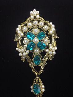 DODDS Costume Brooch/Pin Gold tone Marine Blue Rhinestones Faux Pearl Stunning #DODDS