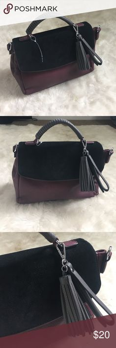 Trendy purse 🎉🎉 Super cute burgundy purse new never used just ripped the tag off Fox suede at the top Great storage Madison west 💎I ship today Urban Outfitters Bags