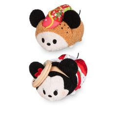 Judging by these mini Tsum Tsum soft toys, Mickey and Minnie Mouse are on a culinary tour of Chicago! Mickey resembles a classic hot dog while Minnie hat looks just like one of the city'