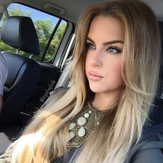 Car selfies are the best selfies 👸🏼 is wearing our lipstick in ButterCup (a creamy nude pink) 🌸💕 Get a… Human Hair Clip Ins, Remy Human Hair, Shampoo Bomba, Hair Extensions Uk, Going Blonde, Gerard Cosmetics, Shades Of Blonde, Hair Color And Cut, Grow Hair