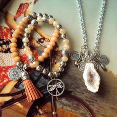 #Accesorios #Pulseras #Cristales #Horus #Libelila #Collar #Geoda #Agata #AlmaLibre #UnderParadise  http://www.facebook.com/almalibremoda http://www.instagram.com/almalibreoficial http://twitter.com/almalibremoda
