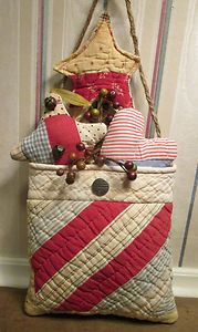 PRIMITIVE Americana Patriotic QUILT POCKET made from ANTIQUE Log Cabin QUILT