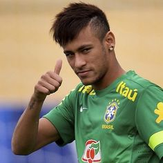 Neymar Jr Brazil national football team best player ever Neymar Jr, Cristiano Ronaldo, Messi And Ronaldo, Good Soccer Players, Football Players, Saint Germain, Nadine Santos, Real Madrid, Superstar