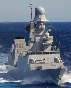 ITS Caio Duilio Guided Missile Destroyer Italian Navy Poder Naval, Us Battleships, Navy Carriers, Marine Engineering, Navy Air Force, Capital Ship, Indian Navy, Us Navy Ships, Naval History