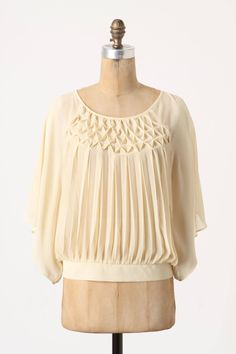 Shop the Flyaway Blouse and more Anthropologie at Anthropologie today. Read customer reviews, discover product details and more.