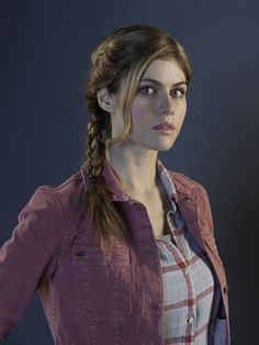 Alexandra Daddario - Sea of Monsters Promo.