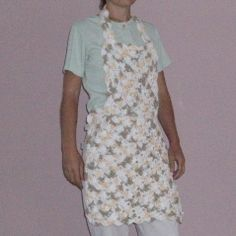 Free Crochet Pattern: Fan Stitch Apron And Many More Free Patterns. From http://crochetncrafts.com/fan-stitch-apron-free-crochet-pattern/