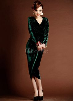 Dark Green Sheath Pretty Velvet Tea-Length Cocktail Dress with V-Neck Split Front