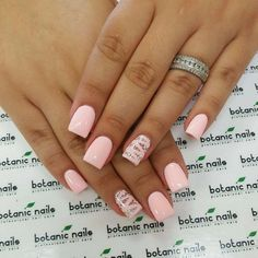 Nail art summer discrete nail polish colors as a summer trend for - acrylic nails Fabulous Nails, Perfect Nails, Gorgeous Nails, Hot Nails, Hair And Nails, Nail Designs 2015, Uñas Fashion, Beach Fashion, Manicure E Pedicure