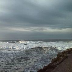 Mar Cantábrico. #grey