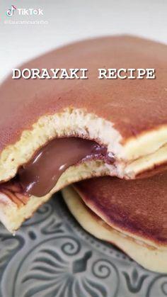 Fun Baking Recipes, Sweet Recipes, Dessert Recipes, Cooking Recipes, Dorayaki Recipe, Delicious Desserts, Yummy Food, Fast Food, Love Food