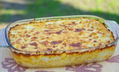 Ezt fald fel!: Csirkemell sajtmártással, spagettiágyon Hungarian Cuisine, Hungarian Recipes, Meat Recipes, Chicken Recipes, Cooking Recipes, Good Food, Yummy Food, Tasty, Weekday Meals
