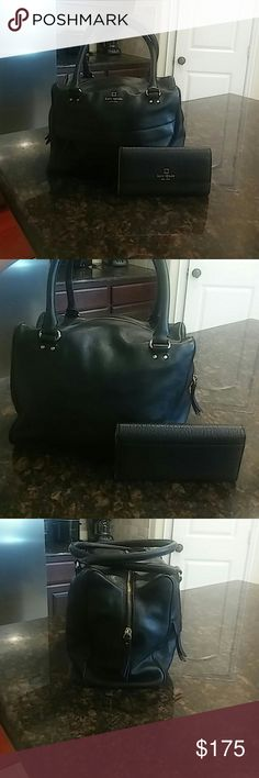 """😍kate spade bundle😍 Beautiful kate spade new york large leather satchel and wallet. This set is gorgeous no signs of wear on leather on either piece. It has golden hardware.In like new condition. Dimensions are 13""""Wx11""""H. Beautiful everyday set😍 kate spade Bags Satchels"""