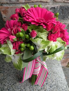 Image detail for -Pink and Green Bridal Bouquet Daisy Wedding Centerpieces, Gerbera Wedding Bouquets, Gerbera Daisy Centerpiece, Wedding Bouquets Pictures, Pink Gerbera, Wedding Flowers, Gerbera Daisies, Wedding Bells, Wedding Reception