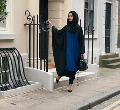 Grab now the last available pieces of the INAYAH royal blue shirt dress! Pimp it up with one of our cardigans or capes!   Schnapp dir jetzt die letzten Teile des Royal Shirt Dresses! Einfach zu stylen und zu kombinieren!   www.nismashop.de #hijabfashion #heretwoinspire #chichijab #modest #casual #everyday #nismashop