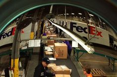 Holiday ecommerce packages delivered! #FedEx demonstrates 24/7 commitment to getting your packages delivered in time for the holidays.See more here: http://at.fedex.com/FURzK