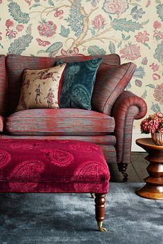 The Jaipur set of collections plays on and updates a strong tradition of using Indian and Persian designs in the decoration of English Country House Interiors.