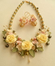 Bib necklace - Flower jewelry set - Pearl jewelry | Flickr - Photo Sharing!