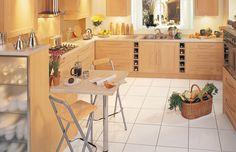 Кухня из ДСП в стиле кантри от 12 кв. метров