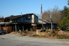 Windy Hollow.  Wonderful food & nice people.  Been a long time but remember it well!  Near Owensboro, Kentucky.