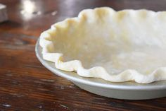 Healthier Homemade Spelt Pie Crust for Pies and Quiches Basic Spelt Pie Crust Recipe for Nordic Pies and Quiche Homemade Pie Crusts, Pie Crust Recipes, Pie Kitchen, Perfect Pie Crust, Friend Recipe, Thanksgiving Pies, Food Processor Recipes, Basic Recipe, Quiches