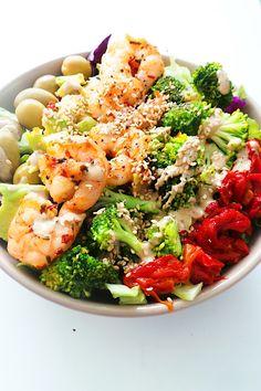 Avocado Shrimp Salad Gluten Free Meal Plan, Free Meal Plans, Dairy Free Recipes, Healthy Recipes, Nut Recipes, Healthy Meals, Shrimp Avocado Salad, Shrimp Salad Recipes, Salad