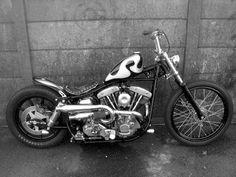 Harley Davidson FX shovelhead swingarm Bobber Chopper with psycho paintjob on gas tank