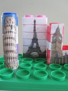great idea for outgrown Duplos and mega blocks // Famous Landmark Blocks - glue pictures onto stacked blocks and then cut apart with a craft knife Block Center, Block Area, Reggio Emilia, Preschool Themes, Activities For Kids, Petite Section, Around The World Theme, Around The World Crafts For Kids, Construction Area