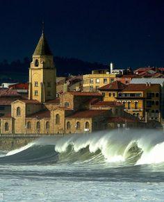 Días de olas en San Lorenzo