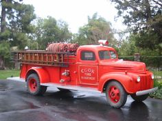 I feared the fire engine wouldn't make it up the steep hill so I suggested a different route. Focus your energies on the prize. Vintage Trucks, Old Trucks, Fire Trucks, Fire Dept, Fire Department, 4x4, Rescue Vehicles, Police Vehicles, Police Cars