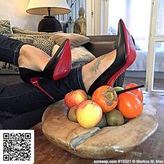 """Mi piace"": 143, commenti: 4 - Heelzmania (@heelzmania) su Instagram: ""Courtesy of @carlottaheelsforever  #loubi #louboutin #louboutins #louboutinista #christianlouboutin…"""